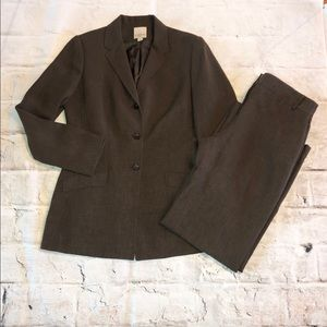 Anne Klein 2 SUIT in light chocolate brown
